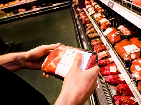 Etikett auf Fleisch